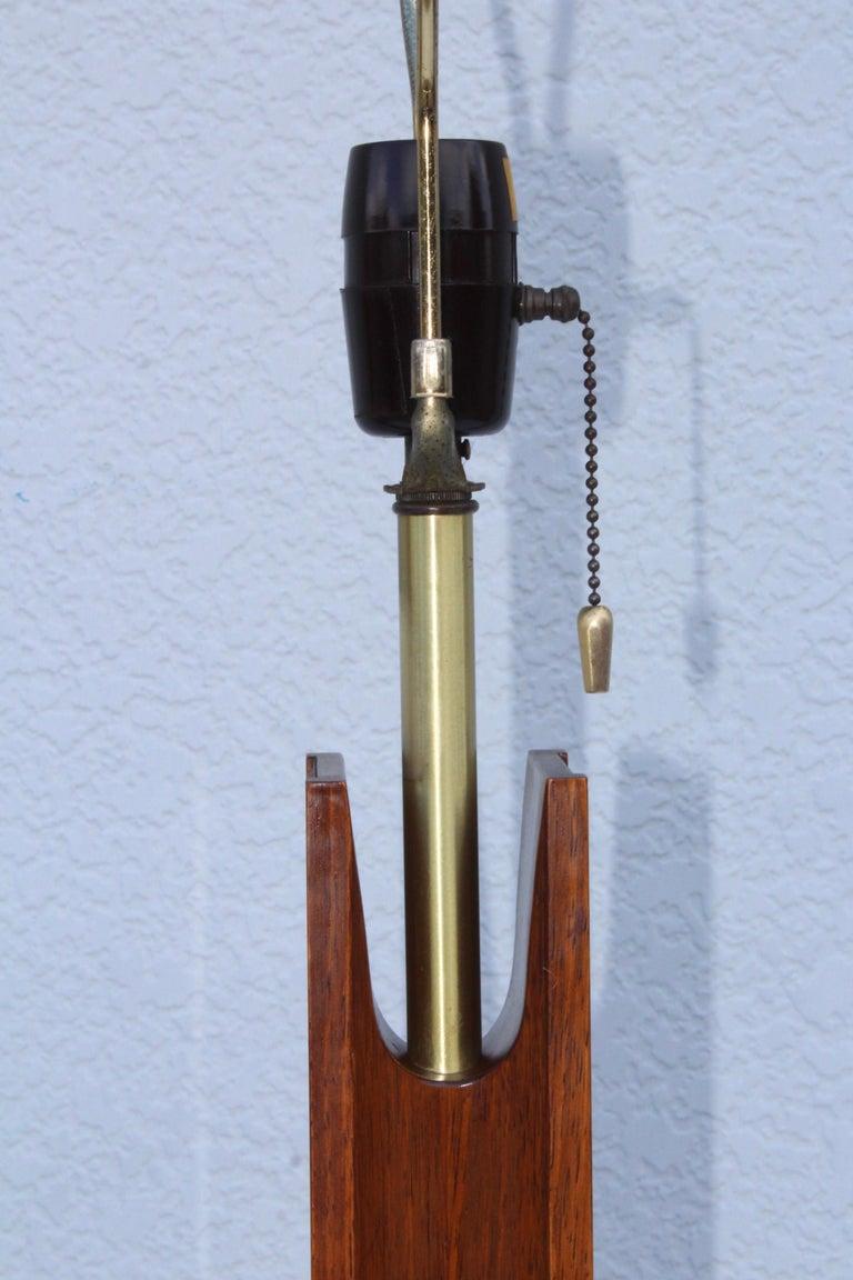 Mid-Century Modern Modeline Walnut Table Lamps For Sale 6
