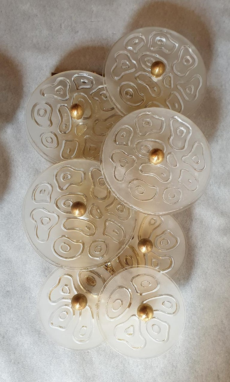 Frosted Mid-Century Modern Murano Clear Glass Discs & Brass Four Sconces, Vistosi 1960s For Sale