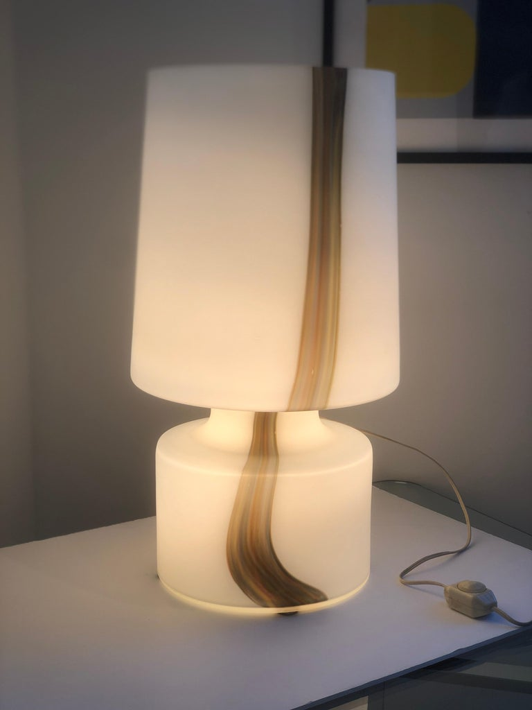 Offered is a Mid-Century Modern Murano Missoni style glass table lamp and glass shade