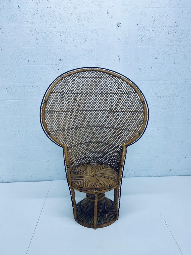 Mid-Century Modern Natural Rattan Emmanuel Style Peacock Chair, 1970s For Sale 8