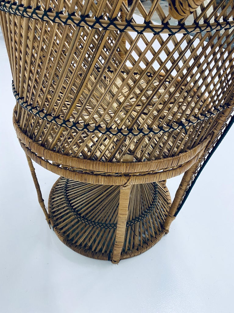 Mid-Century Modern Natural Rattan Emmanuel Style Peacock Chair, 1970s For Sale 11