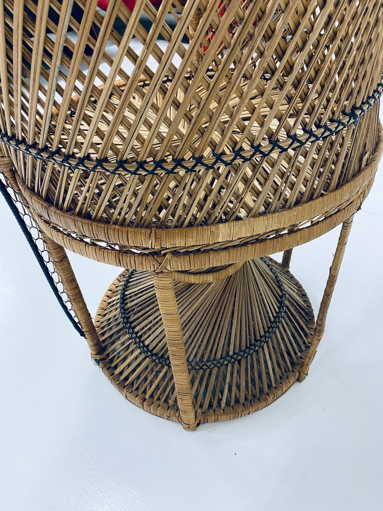 Mid-Century Modern Natural Rattan Emmanuel Style Peacock Chair, 1970s For Sale 12