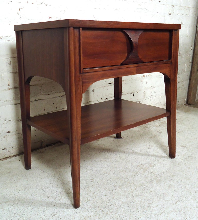 Mid-20th Century Mid-Century Modern Nightstand For Sale