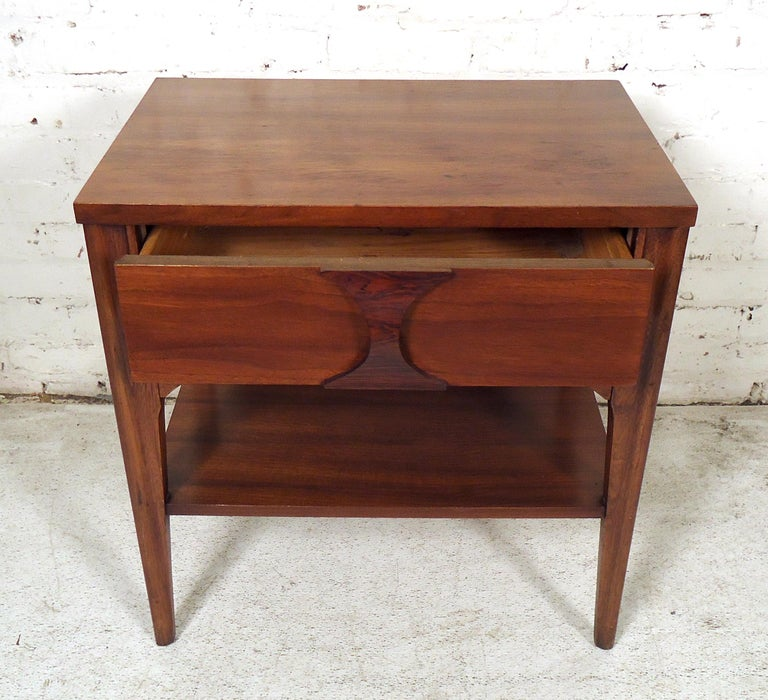 Mid-Century Modern Nightstand For Sale 2