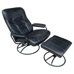 Mid-Century Modern Norwegian Leather Lounge Chair with Ottoman