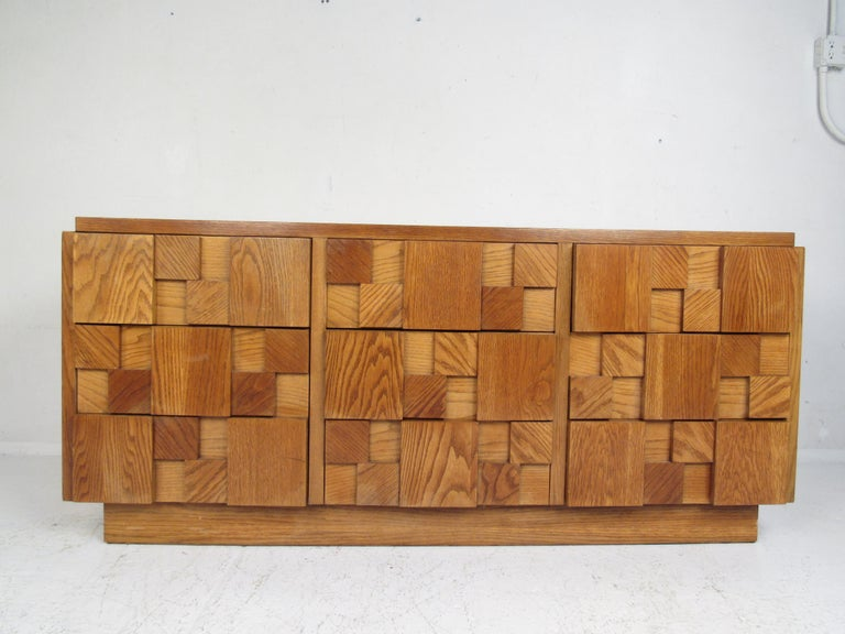 North American Mid-Century Modern Oak Brutalist Dresser by Lane Furniture For Sale