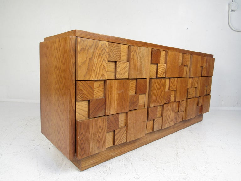 Late 20th Century Mid-Century Modern Oak Brutalist Dresser by Lane Furniture For Sale