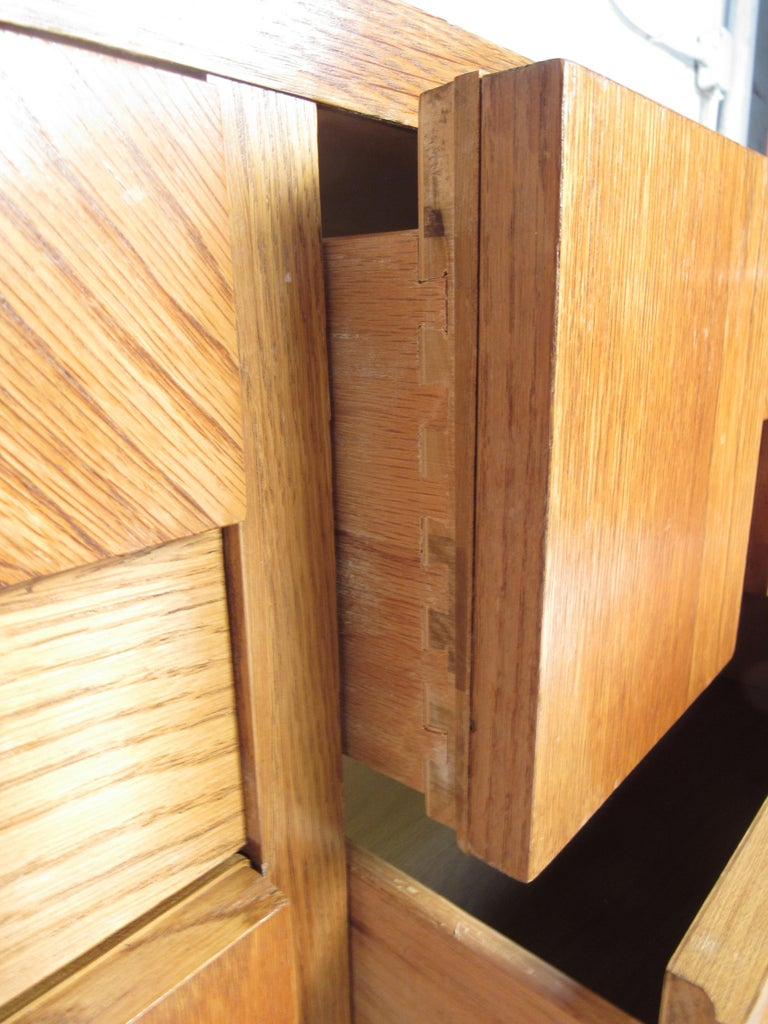 Mid-Century Modern Oak Brutalist Dresser by Lane Furniture For Sale 4
