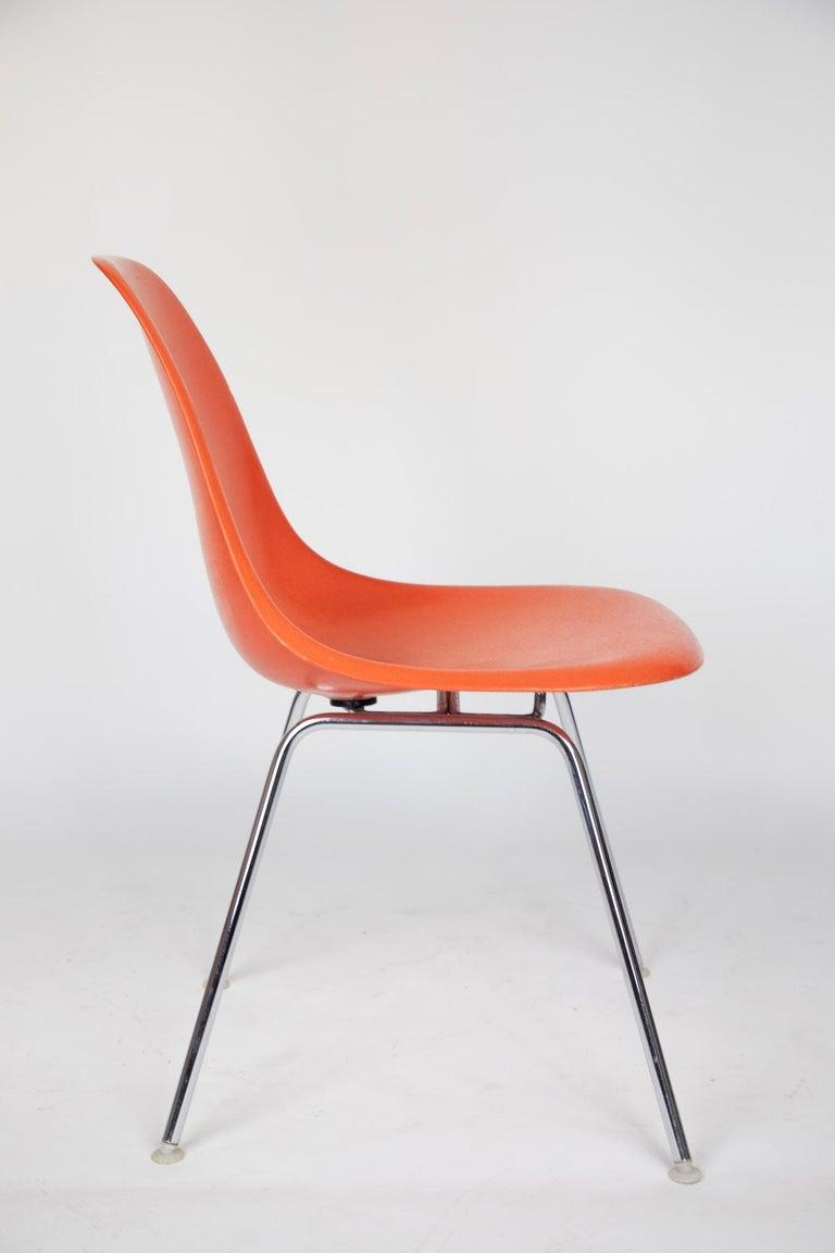 Mid-Century Modern Orange Fiberglass Shell Side Chairs, Eames, USA, 1970s For Sale 1