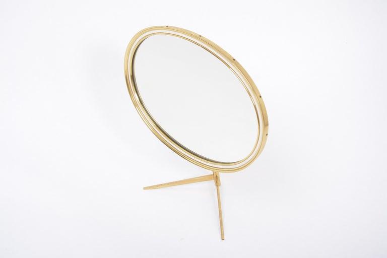 German Mid-Century Modern Oval Brass Table Mirror by Vereinigte Werkstätten For Sale