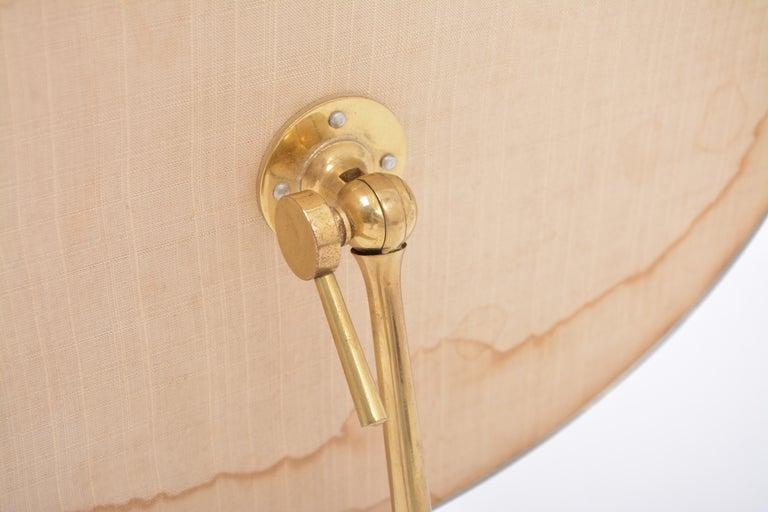 Mid-Century Modern Oval Brass Table Mirror by Vereinigte Werkstätten For Sale 3