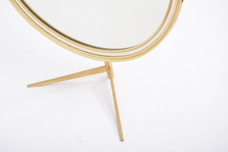 Mid-Century Modern Oval Brass Table Mirror by Vereinigte Werkstätten For Sale 4