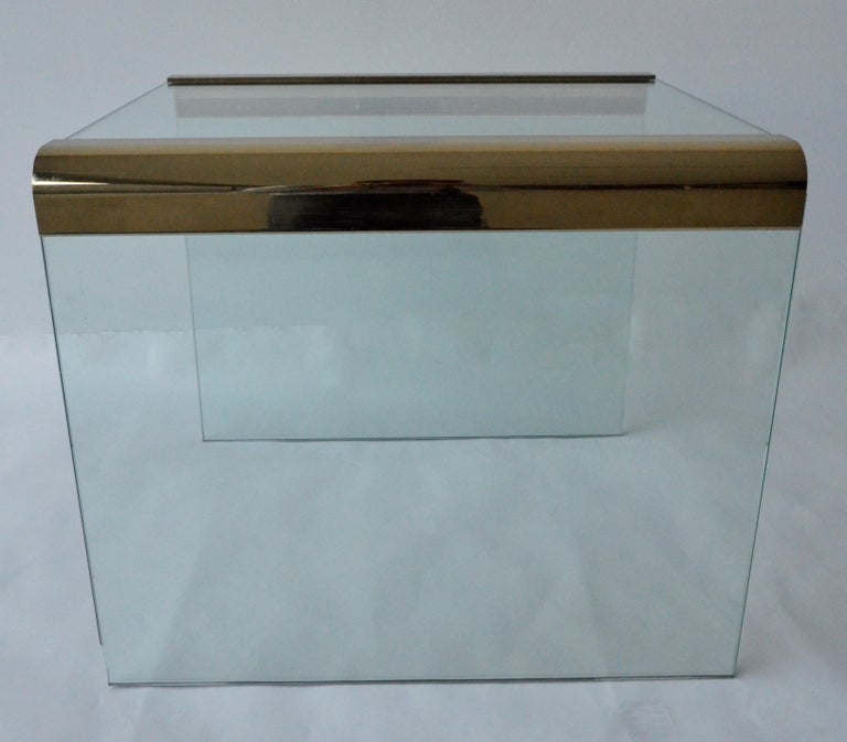 Pace Waterfall 3 Sided Glass Sheet Held by Brass Bars End or Side Table In Good Condition For Sale In Houston, TX