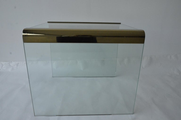 20th Century Pace Waterfall 3 Sided Glass Sheet Held by Brass Bars End or Side Table For Sale