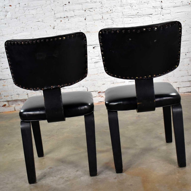Mid-Century Modern Pair of Black Thonet Bentwood and Vinyl Chairs For Sale 5