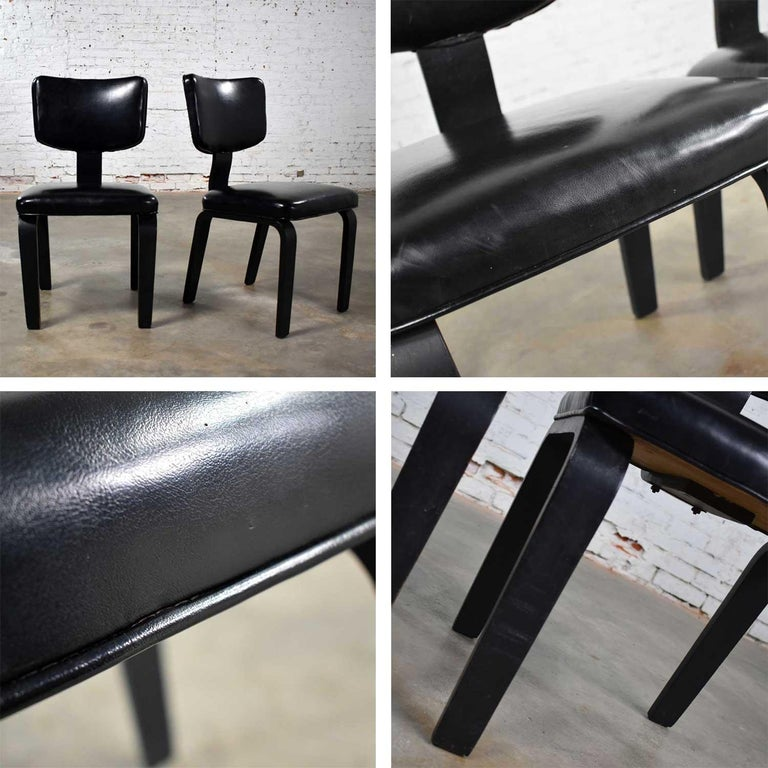 Mid-Century Modern Pair of Black Thonet Bentwood and Vinyl Chairs For Sale 7