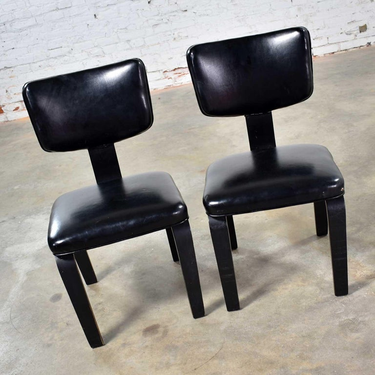 Mid-Century Modern Pair of Black Thonet Bentwood and Vinyl Chairs In Good Condition For Sale In Topeka, KS