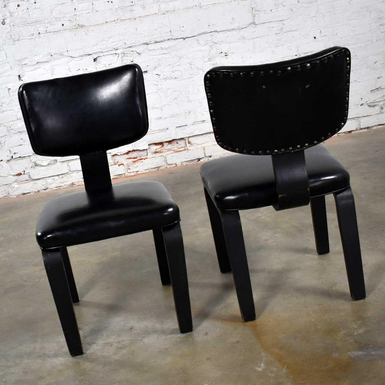 Mid-Century Modern Pair of Black Thonet Bentwood and Vinyl Chairs For Sale 1