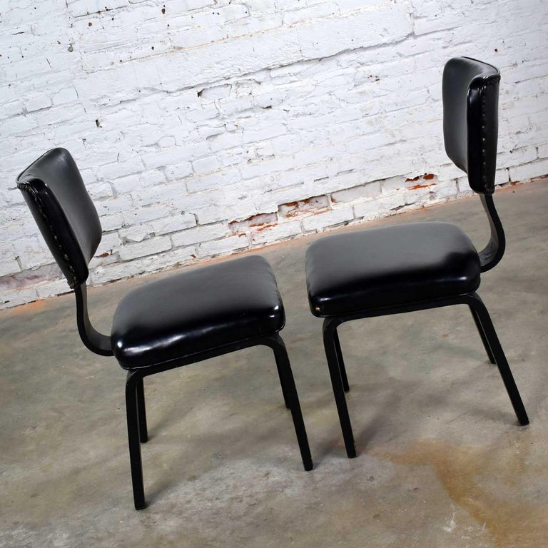 Mid-Century Modern Pair of Black Thonet Bentwood and Vinyl Chairs For Sale 4