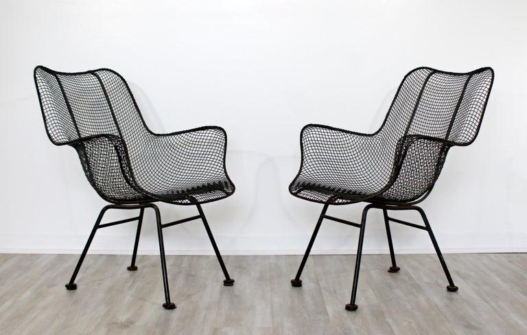 Mid-Century Modern Pair of Black Woodard Sculptura Outdoor Patio Armchairs 1950s In Good Condition For Sale In Keego Harbor, MI