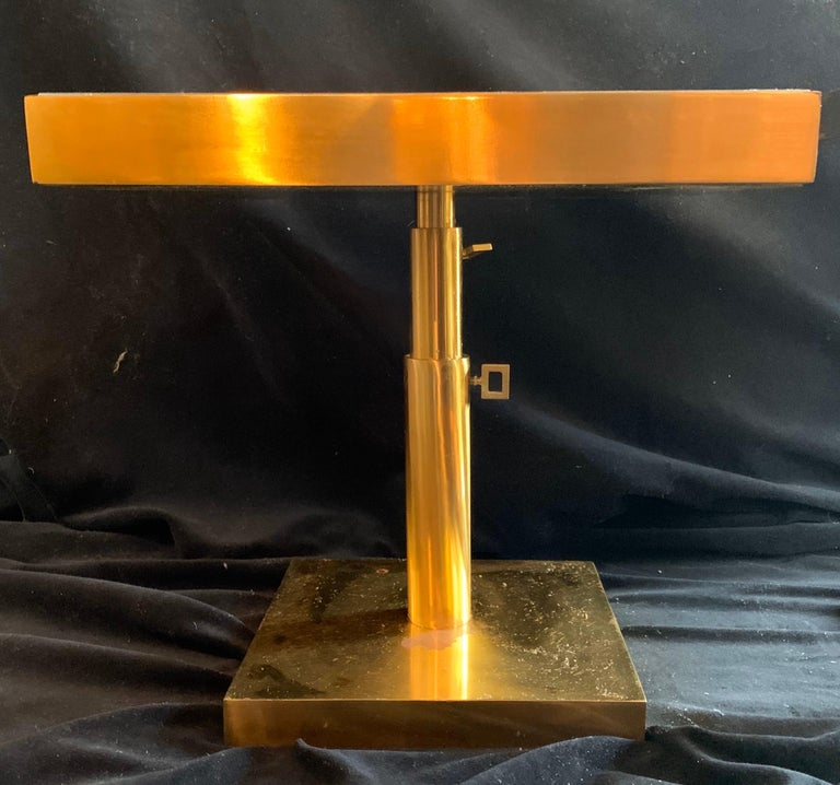 20th Century Mid-Century Modern Pair of Bronze Beveled Mirror Telescoping Square Side Table For Sale