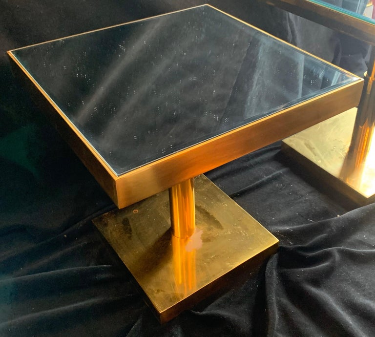 Brass Mid-Century Modern Pair of Bronze Beveled Mirror Telescoping Square Side Table For Sale
