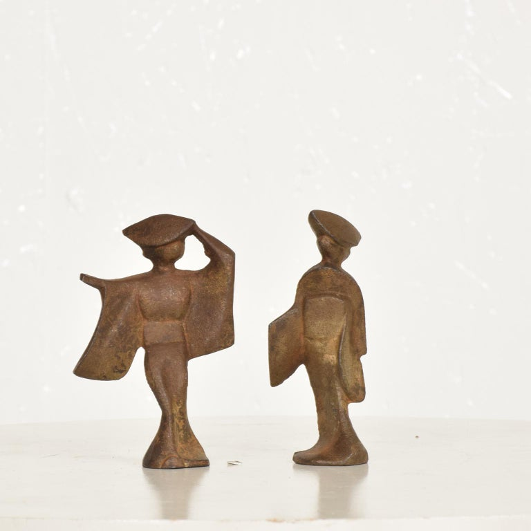 For your consideration, a pair of cast iron Japanese dancers paper weights, Japan, circa 1960s. Beautiful patina, gold painted. Unmarked.  Dimensions:  Dancer #1, 4 1/8