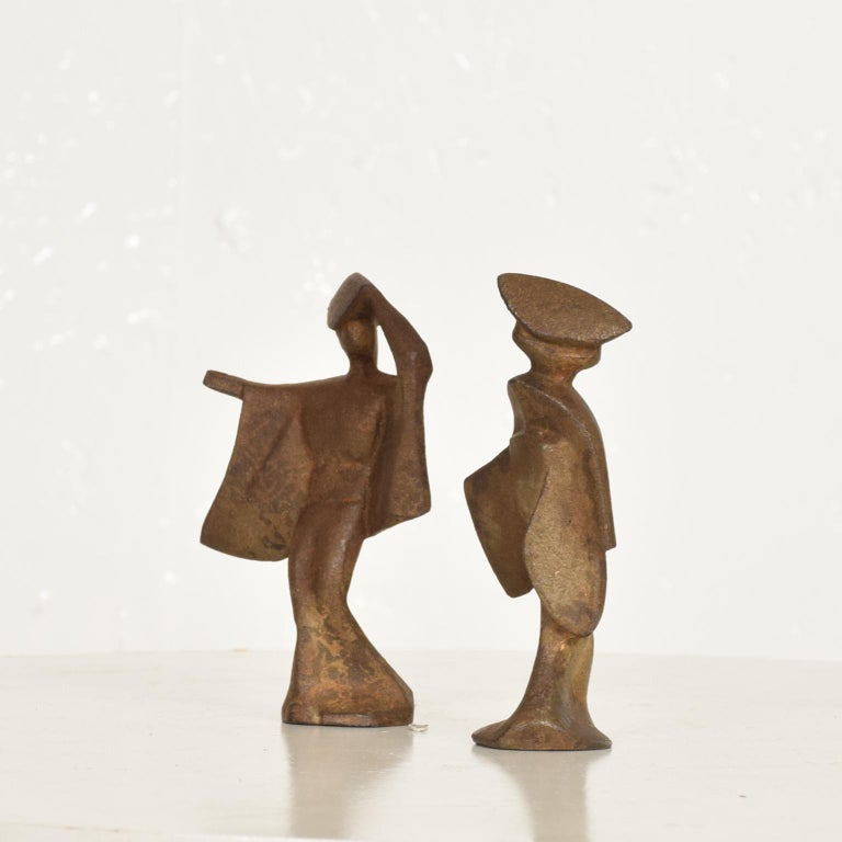 Mid-Century Modern Pair of Cast Iron Japanese Dancers Paper Weights For Sale 5
