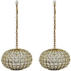 Mid-Century Modern Pair of Crystal & Brass Hanging Pendant Light Fixtures, 1950s