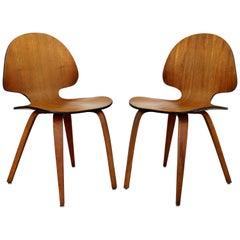 Mid-Century Modern Pair of Curved Bent Teak Wood Side Chairs Fritz Hansen Era