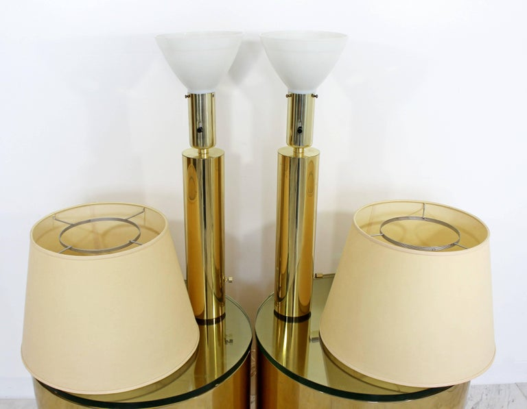 American Mid-Century Modern Pair of Cylindrical Brass Table Lamps Kovacs Style[, 1970s For Sale