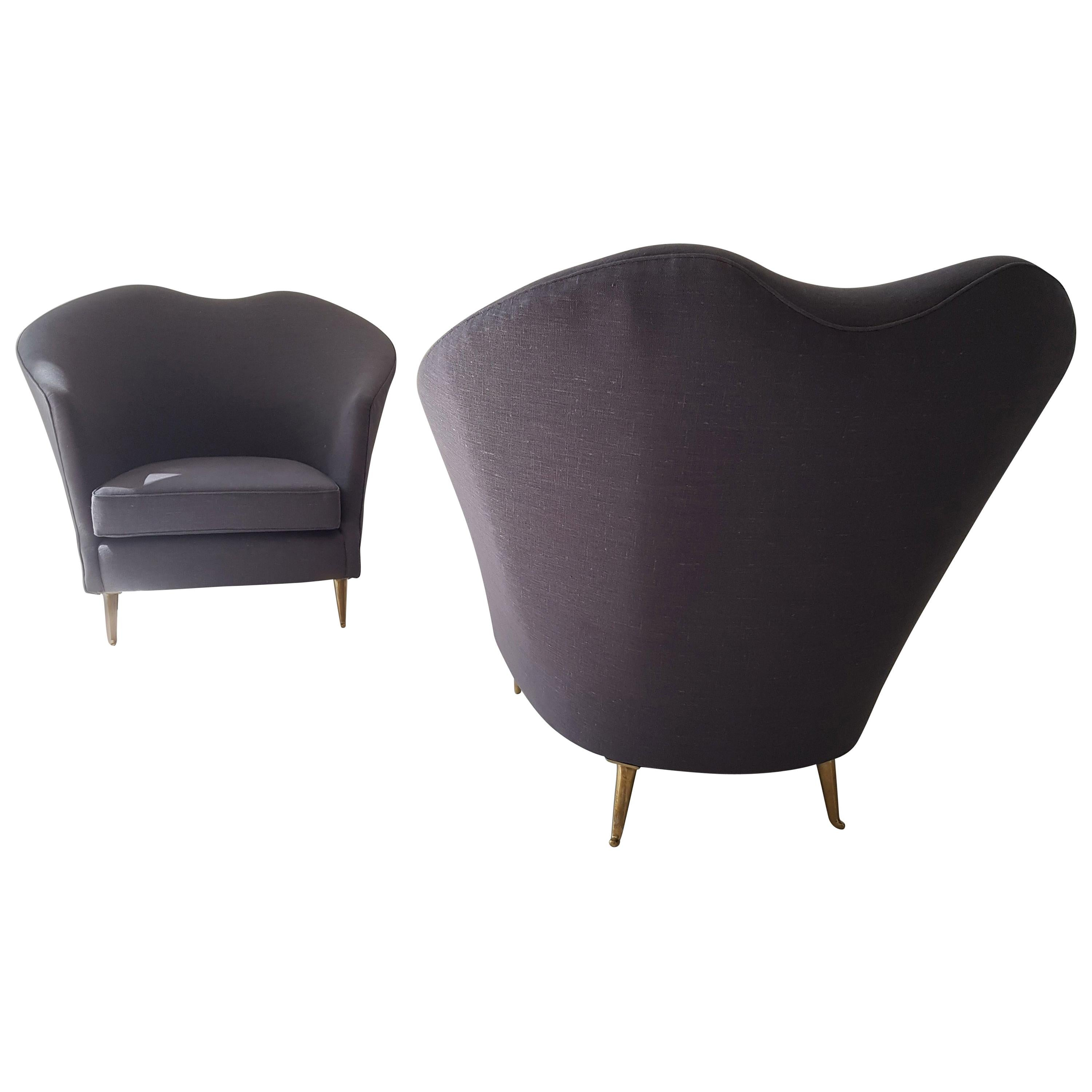 Mid-Century Modern Pair of Italian Armchairs by Cesare Lacca
