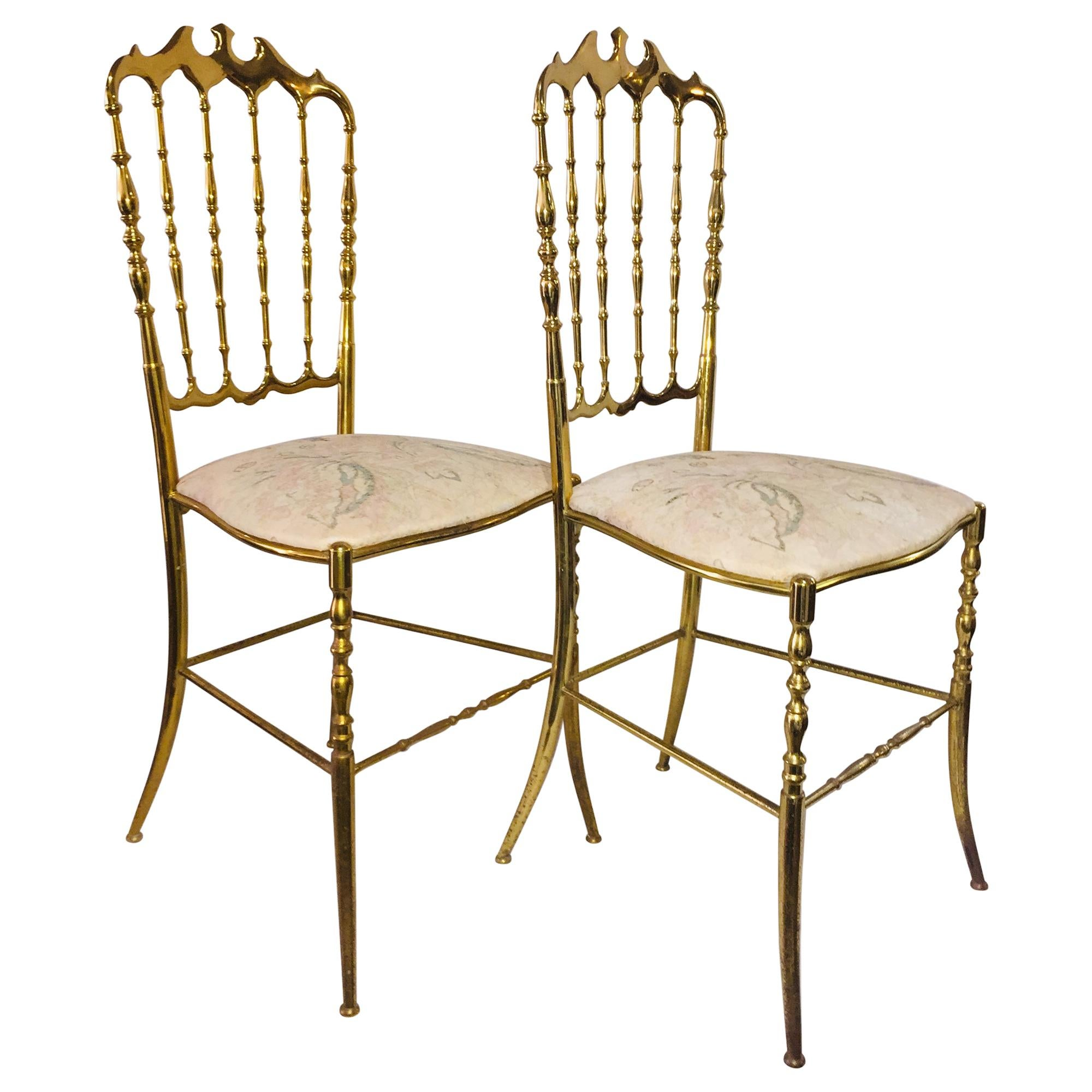 Mid-Century Modern Pair of Italian Chiavari Opéra Chairs in Solid Polished Brass
