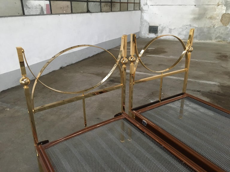 Mid-Century Modern Pair of Italian Single Beds with Gilt Headboard and Feet 7