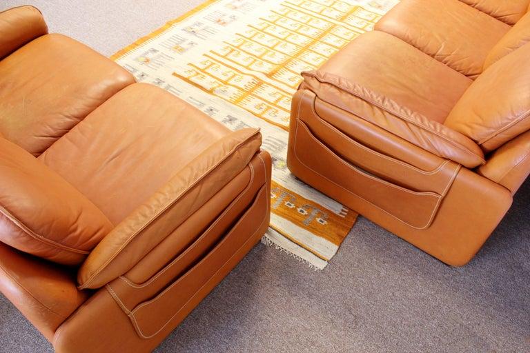 Mid-Century Modern Pair of Leather Sofa & Loveseat by De Sede, Switzerland 1970s 2