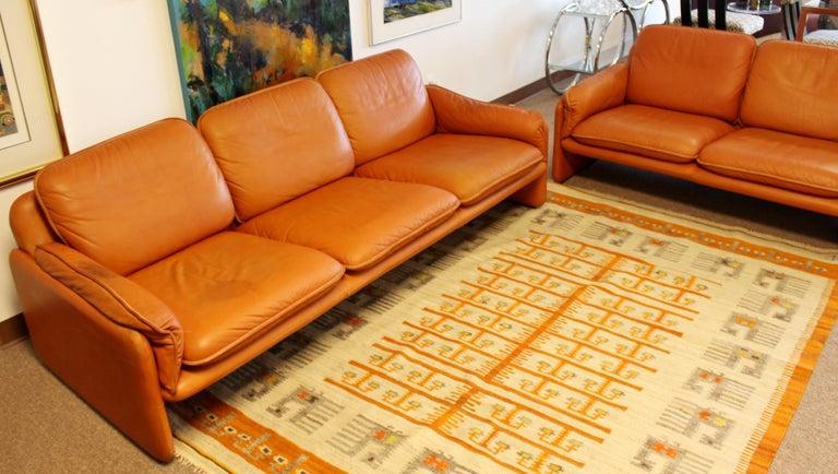 Mid-Century Modern Pair of Leather Sofa & Loveseat by De Sede, Switzerland 1970s 3