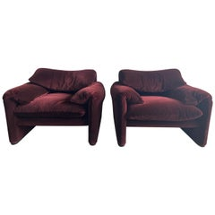 "Mid-Century Modern Pair of ""Maralunga"" Lounge Chairs by Vico Magistretti, 1970s"