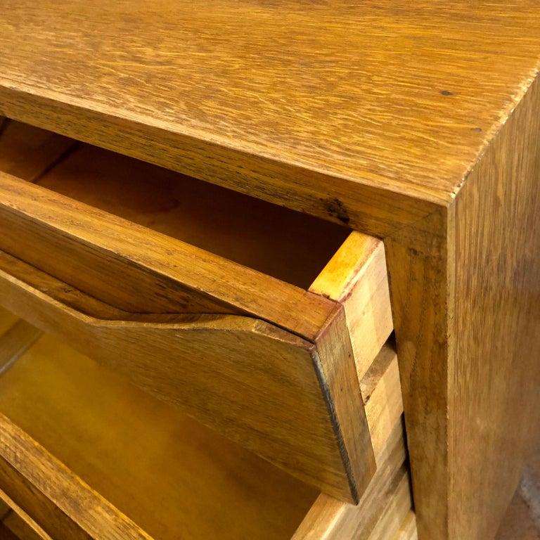 Mid-Century Modern Pair of Modernist Italian Oak Chest of Drawers For Sale 1