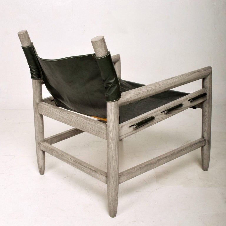 Late 20th Century Mid Century Modern Pair of Safari Lounge Chairs For Sale