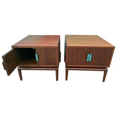 Mid-Century Modern Pair of Side Tables Cabinets Attributed to Cal Mode