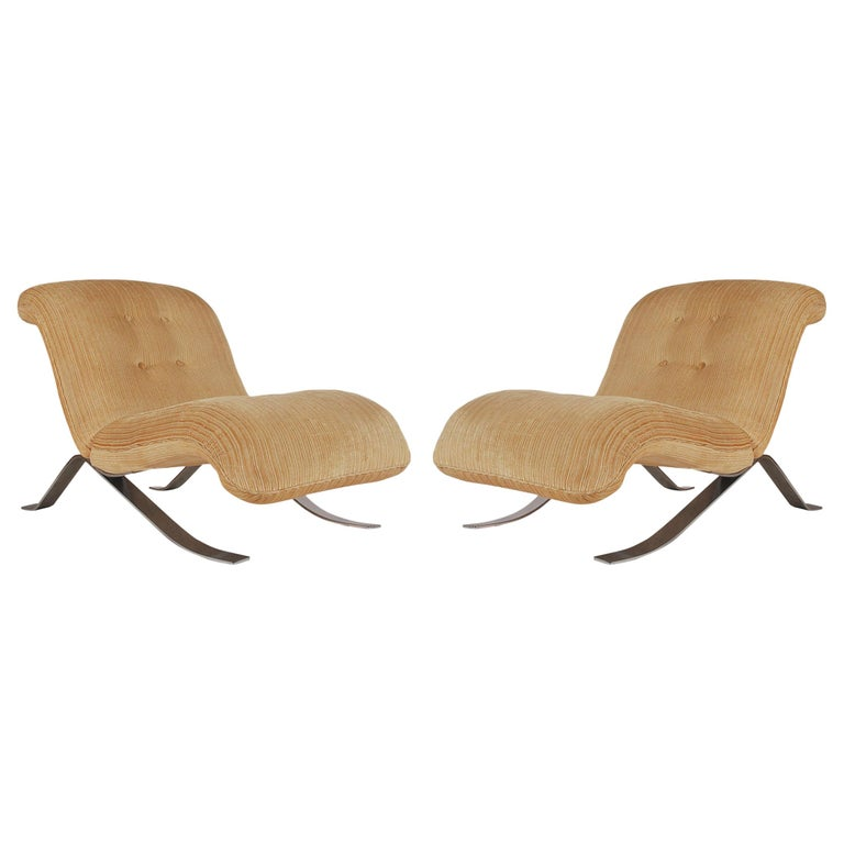 Mid-Century Modern Pair of Slipper Lounge Chairs with Barcelona Style Legs For Sale