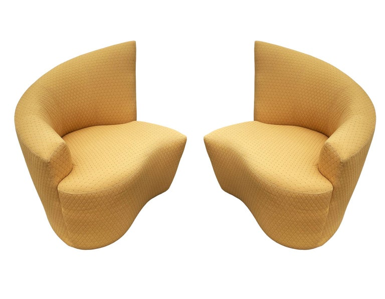 Late 20th Century Mid-Century Modern Pair of Slipper Swivel Lounge Chairs by Vladimir Kagan For Sale