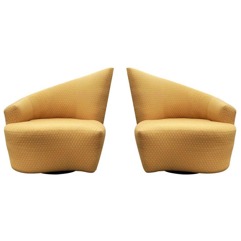 Mid-Century Modern Pair of Slipper Swivel Lounge Chairs by Vladimir Kagan For Sale
