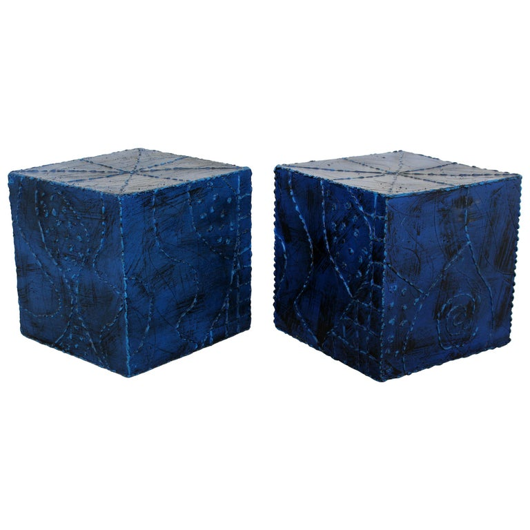 Mid-Century Modern Pair of Square Side End Tables Paul Evans Argente Style For Sale