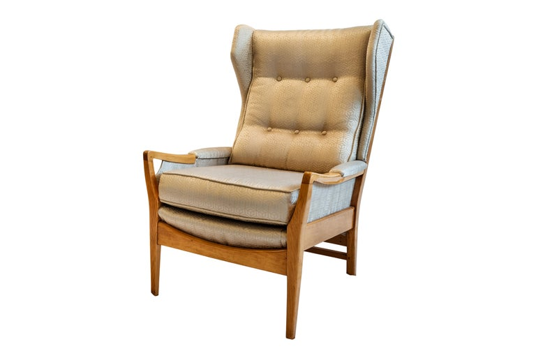 Mid-Century Modern Pair of Wingback Teak Chairs Attributed to Arne Norell In Good Condition For Sale In Porto, Porto