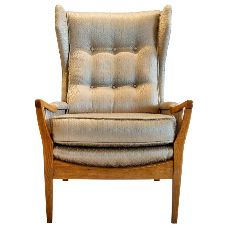Mid-Century Modern Pair of Wingback Teak Chairs Attributed to Arne Norell For Sale