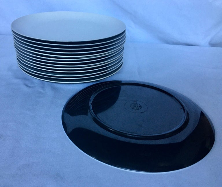 Mid-Century Modern Pan Am Airlines Melamine Plates Dinnerware Service, 1960s For Sale 4
