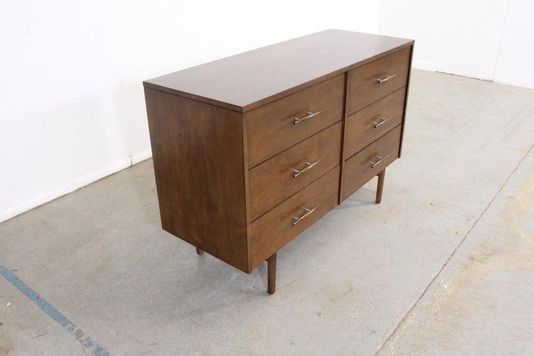 North American Mid-Century Modern Paul McCobb  Bachelor Chest /Dresser For Sale