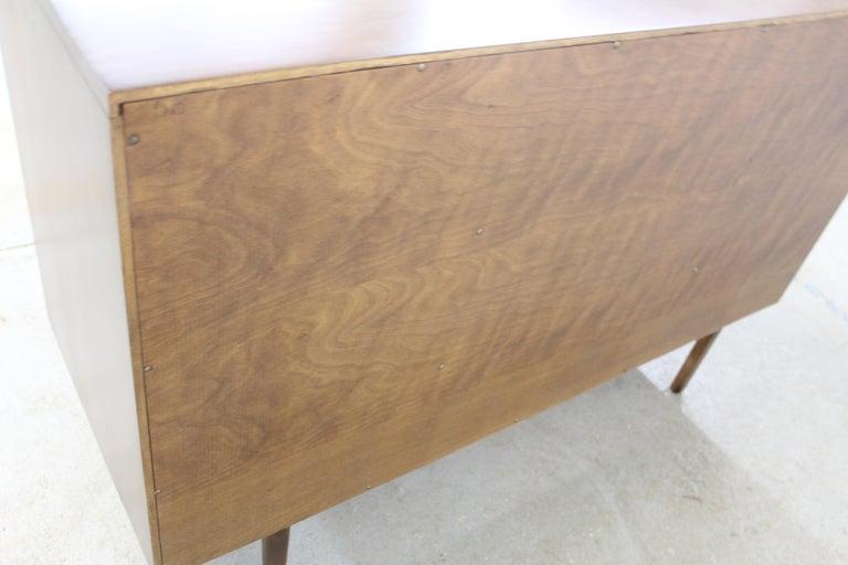 Mid-Century Modern Paul McCobb  Bachelor Chest /Dresser For Sale 2