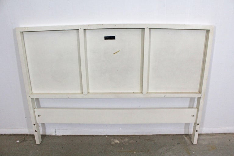 Wood Mid-Century Modern Paul McCobb for Planner Group Winchendon Full-Size Headboard For Sale